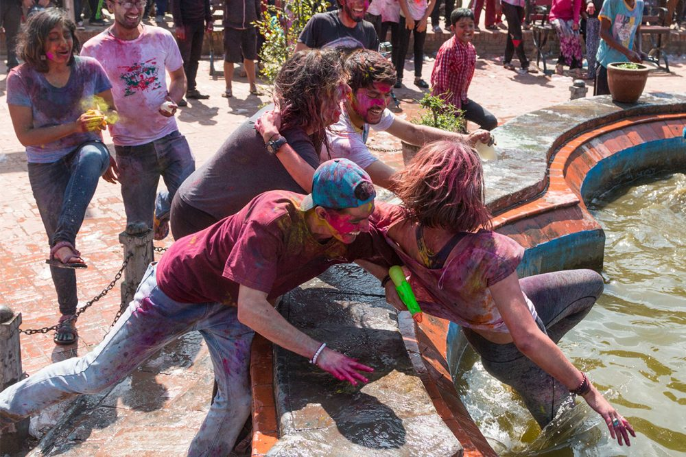 holi-festival-nepal-circuit