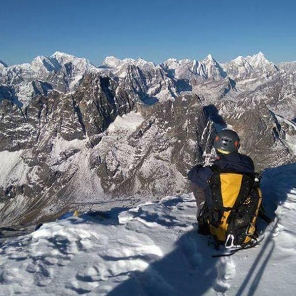 Sommet du Lobuche peak